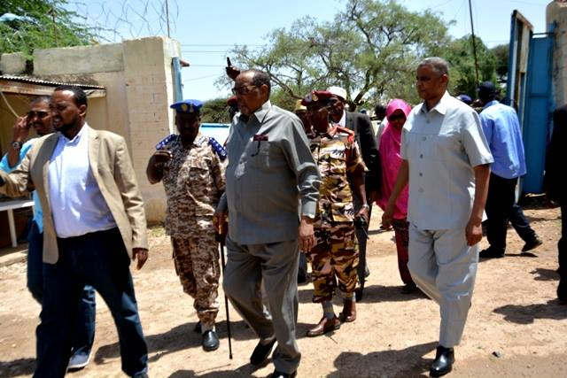 Madaxweynaha Somaliland Oo Kormeer Kusoo Maray Meelihii Uu Waxyeeleeyay  Roobkii Shalay