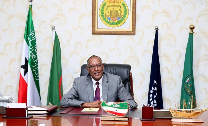 Madaxwaynaha somaliland oo isku shaan-dhayn Ku Sameeyay Xukuumadiisa