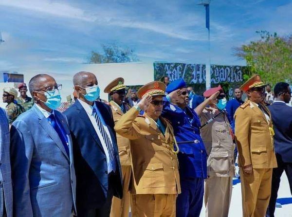 Wasiirka Wasaaradda Arimaha Gudaha Jamhuuriyadda Somaliland aya dhanbaal hambalayo ah  u diray ciidanka qaran jsl